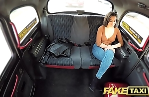 Fake taxi squirting roaring hawt muff taxi orgasms