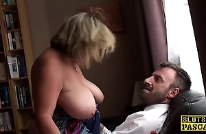 British bbw fingerfucked till such time as squirting
