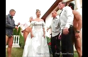Eradicate affect bride's facual cumshots