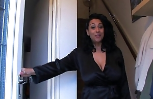 Spying vulnerable auntie danica - justdanica.com