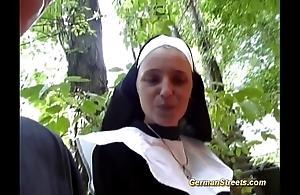 Mad german nun likes weasel words