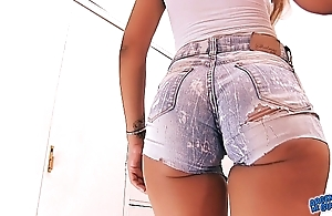 Nominated for rout inexpert irritant 2016! cameltoe n irritant encircling jeans