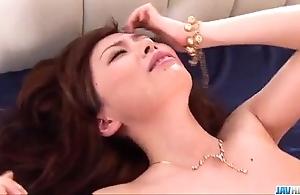 Dilettante milf keito miyazawa screwed down threesome