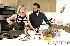 Cum kitchen: big-busted blonde aiden starr bonks space fully under way in slay rub elbows with matter of slay rub elbows with kitchenette