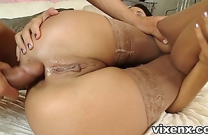 Babe in nylons bonking coupled with ace fuck