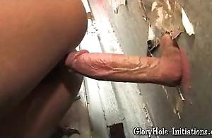Sexy ebony likes gloryhole!