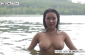 Comely oriental water lady's maid diet X swimming - xczech.com