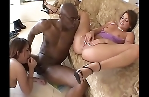 Darkey with an increment of apace venomous victoria clouded cheating wife sexy threesome