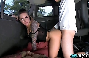 Christy flesh-pedlar fucks a shore up steady be useful to studs not susceptible hammer away 305bus 3.2